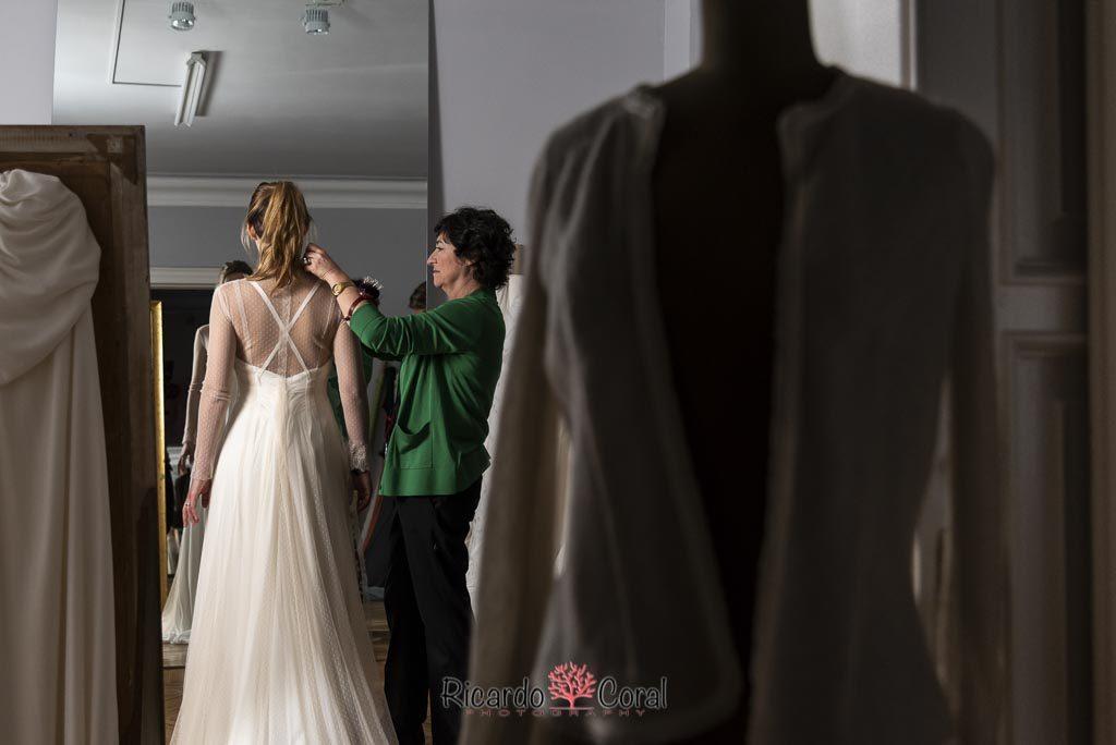 Sole Alonso diseñadora vestidos de novia por Ricardo Coral